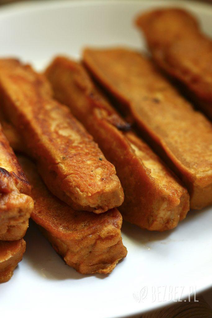 Marynowane, smażone tofu w panierce