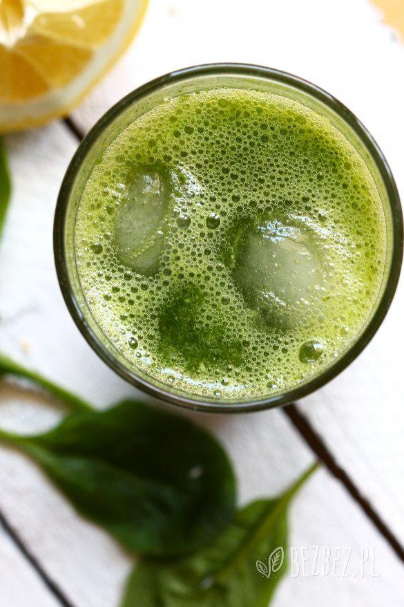 zielona lemoniada szpinakowo-pietruszkowa