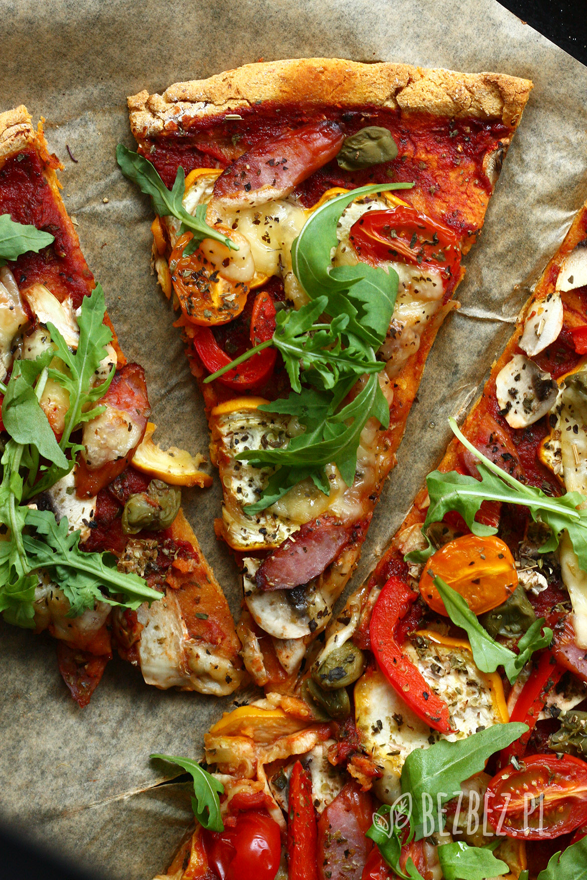 Pizza na bezglutenowym spodzie z batata