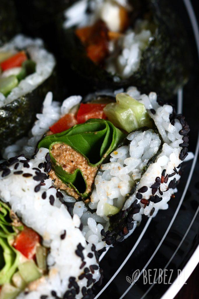 Wegańskie sushi z rybna pasta słonecznikową
