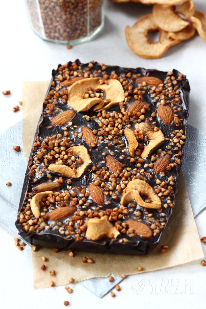 Domowa czekolada bez glutenu, cukru i nabiału