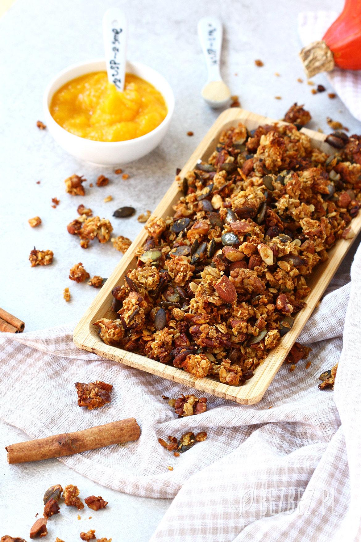 Dyniowa granola bez glutenu