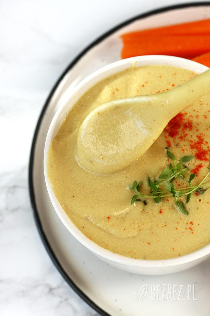 Wegański sos serowy bez glutenu