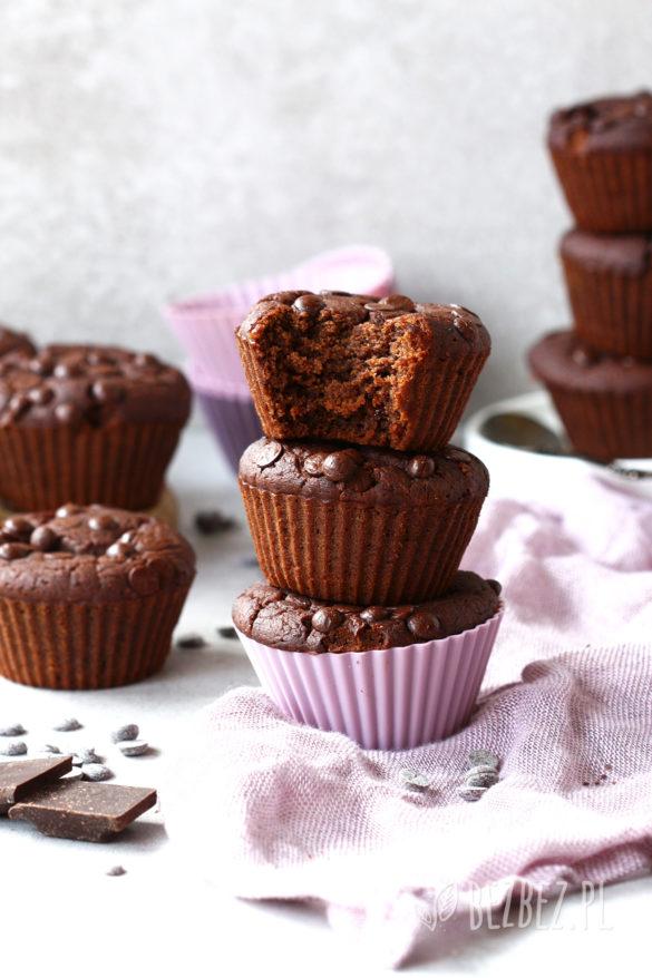 Bezglutenowe muffinki czekoladowe bez jajek i nabiału