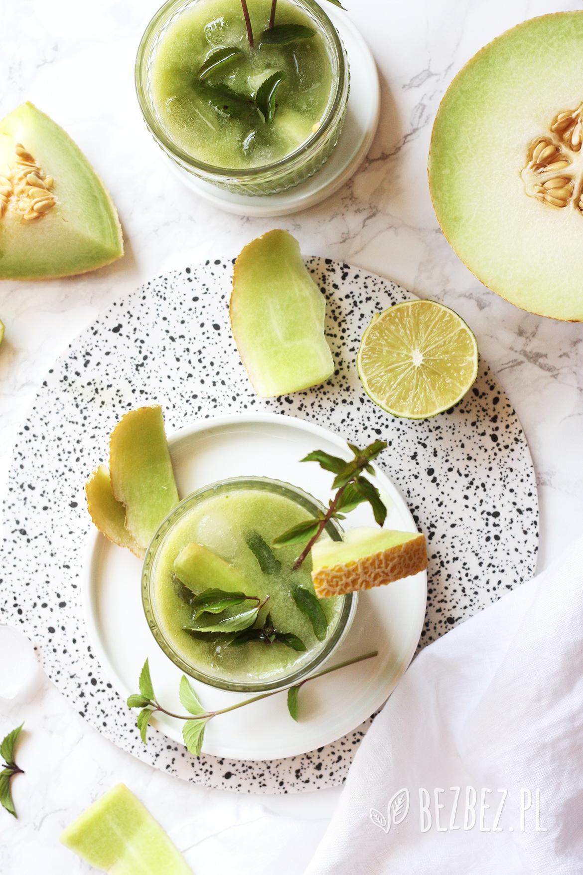 Lemoniada melonowa z bazylią i miętą