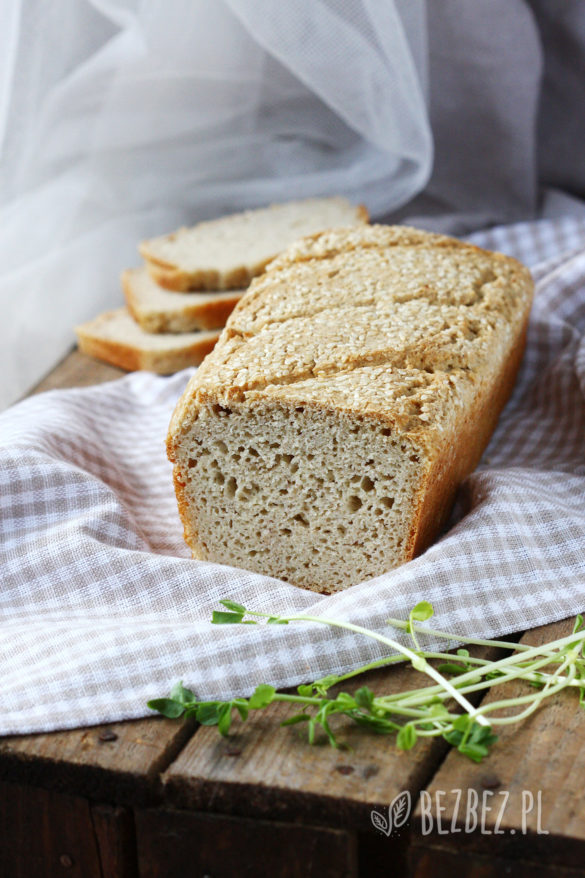 Wielozbożowy chlebek bezglutenowy