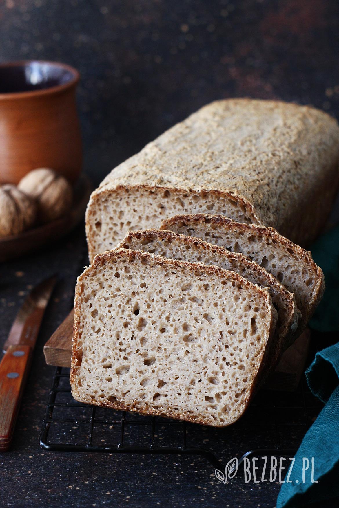 Bezglutenowy chleb na zakwasie z dodatkiem mąki z komosy ryżowej