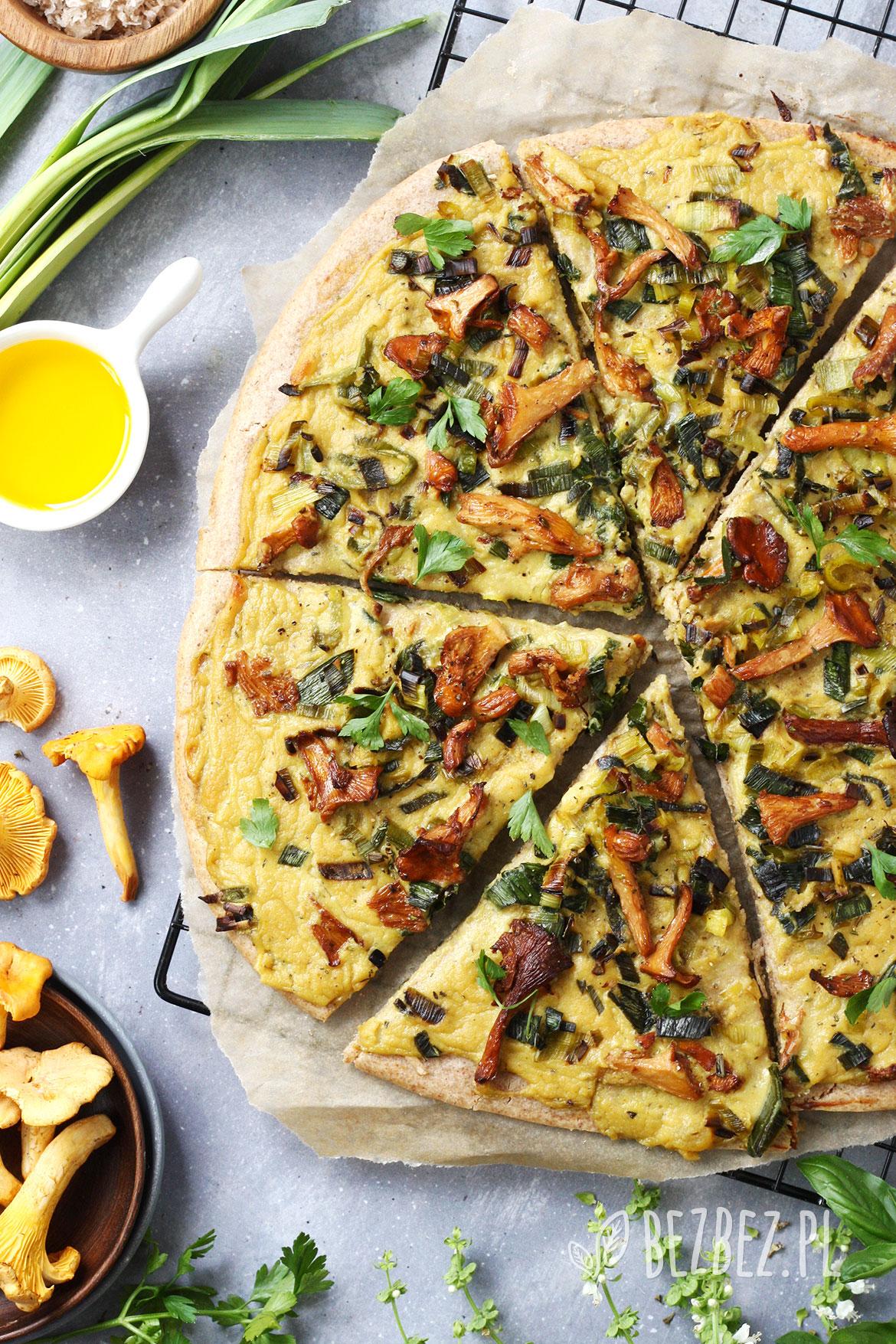 Bezglutenowa pizza z kaszy gryczanej i jaglanej bez jaj, nabiału i drożdży